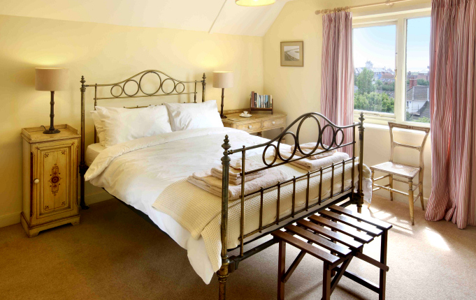 Bedroom 6, The Gables, Aldeburgh, Suffolk